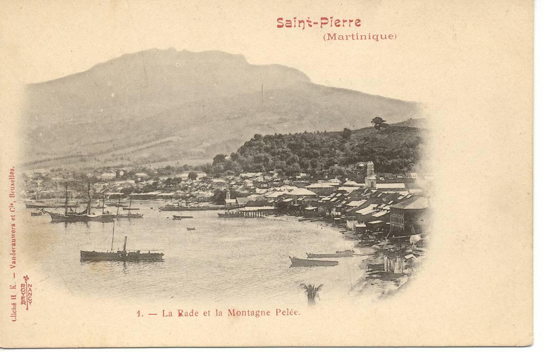 MARTINIQUE : SAINT-PIERRE - La Rade Et La Montagne Pelée. - Fort De France