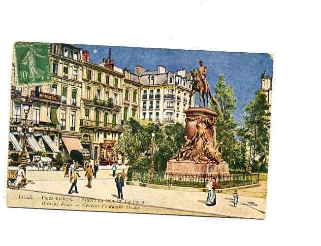 59 - LILLE - PLACE RICHEBE - STATUE DE FAIDERBE - BONNE ANIMATIOn -1922 - Lille