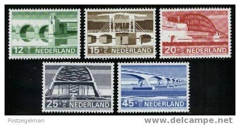 NEDERLAND 1968 MNH Stamp(s) Bridges 901-905 #225 - Period 1949-1980 (Juliana)