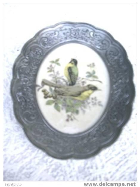 Cadre Mural Miniature Oiseau Ceramique Etain - Autres Collections