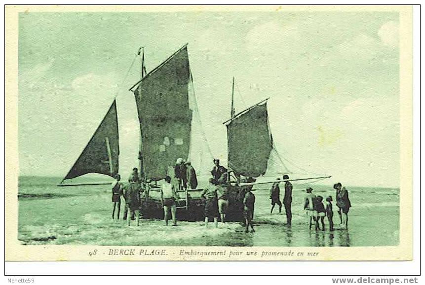 62 BERCK PLAGE Embarquement Pour Une Promenade En Mer - Berck