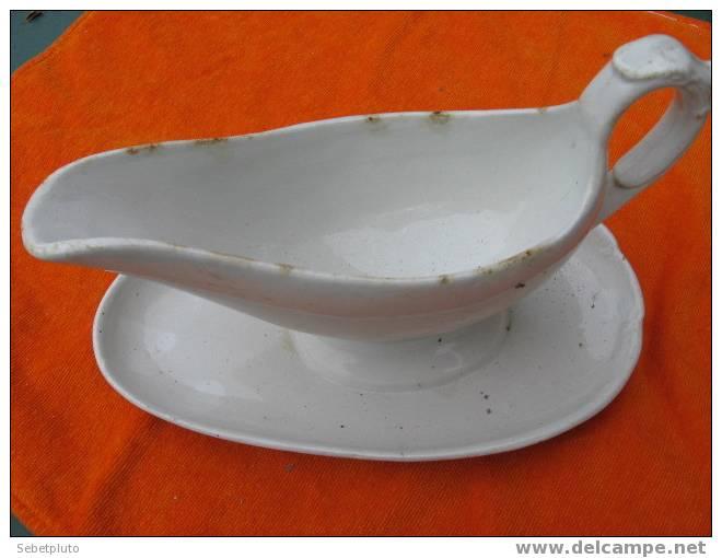 Sauciere Porcelaine Niederviller Alsace - Niderviller (FRA)