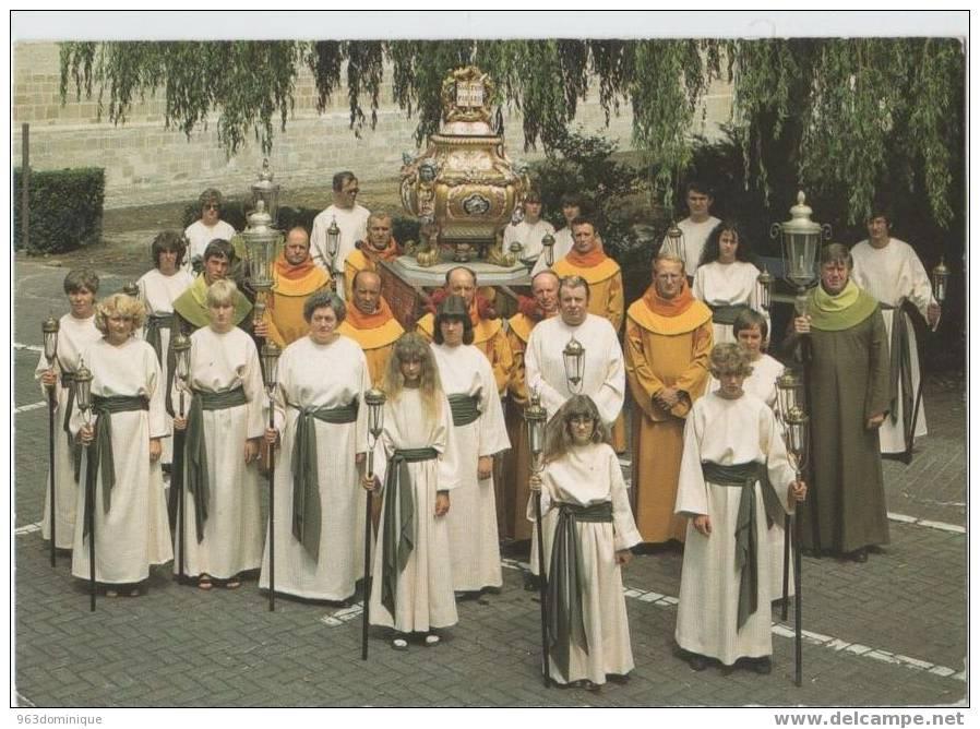 OPWIJK : St. Pauluspaardenprocessie - De St. Paulusrelikwie - Opwijk