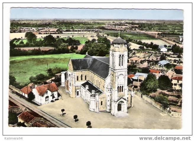 VENDEE  /  LES  LUCS - SUR - BOULOGNE  /  L' EGLISE  ( Vue Aérienne, Années 50 ) - Les Lucs Sur Boulogne