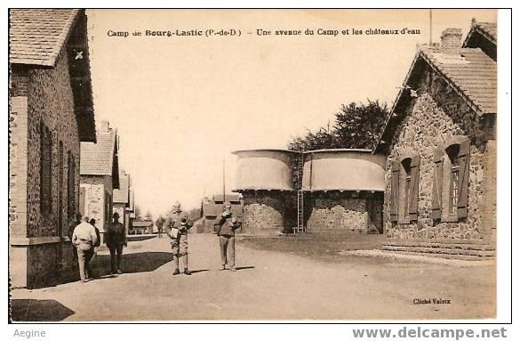 Chateau D Eau - Ref No 01- Camp Du Bourg Lastic -une Avenue Du Camp Et Les Chateaux D Eau  - Bon Etat - Châteaux D'eau & éoliennes