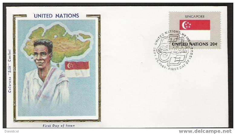 SA263.-.U.N. / O.N.U - SILK COVER- SINGAPORE  // SINGAPUR  FLAG- BEAUTIFUL COVER. - Briefe