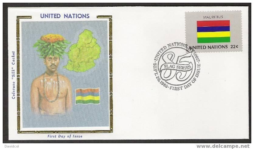 S606.-.U.N. / O.N.U - SILK COVER-  MAURITIUS  // ISLAS MAURICIO  FLAG- BEAUTIFUL COVER. - Briefe