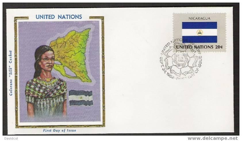 S897.-.U.N. / O.N.U - SILK COVER-  NICARAGUA  // NICARAGUA  FLAG- BEAUTIFUL COVER. - Briefe