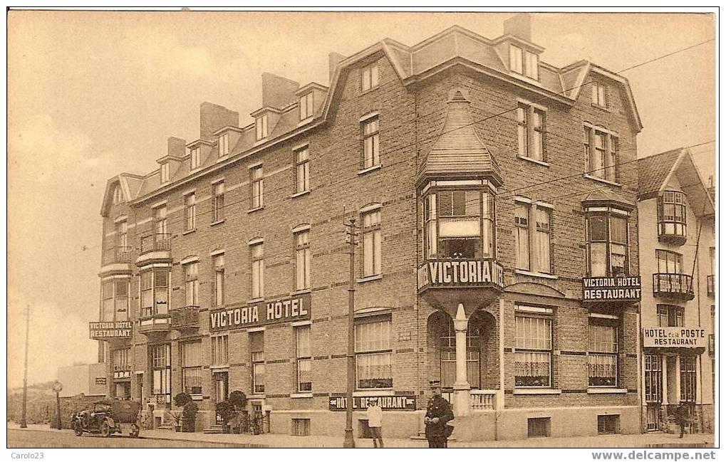 """MIDDELKERKKE  PLAGE  :  HOTEL   """"  VICTORIA """" -  AVEC  OLDTIMER  ET    PERSONNES - Middelkerke"""