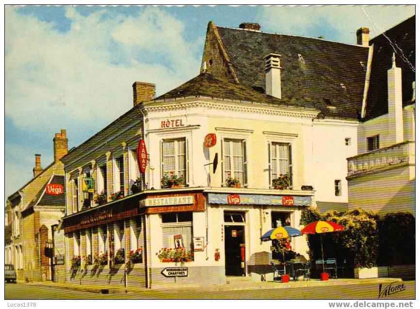 41 / SAVIGNY SUR BRAYE / HOTEL DU CROISSANT / PLACE DE LA MAIRIE / RARE CPSM - France