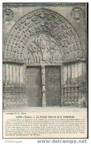 SENS (le Portail Central) - Kirchen U. Kathedralen
