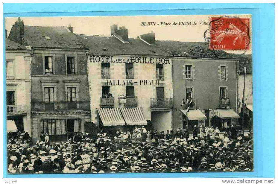 B - 44 - BLAIN - Place De L'hôtel De Ville - Fêtes - Fanfare - Blain