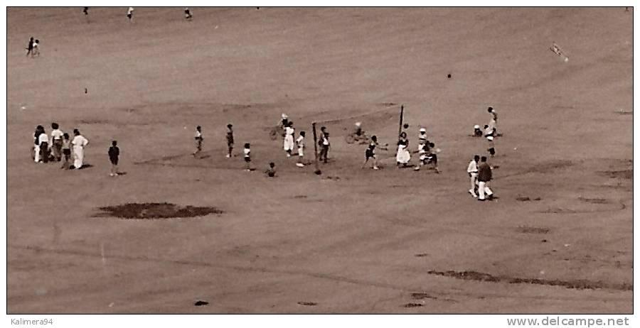 PONTAILLAC  ( ROYAN ) / VUE VERS LA POINTE DE VAUX  ( Partie  De  BEACH-VOLLEY = VOLLEYBALL ) - Volleyball