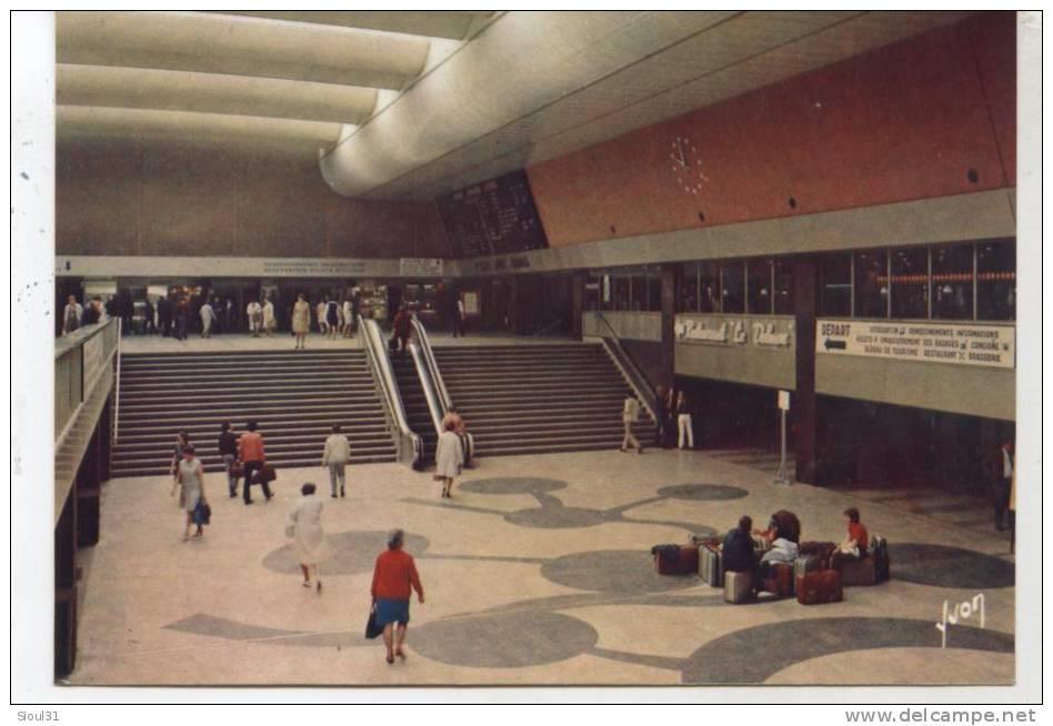 CPSM   1971   PARIS 15° GARE MONTPARNASSE - Stazioni Senza Treni