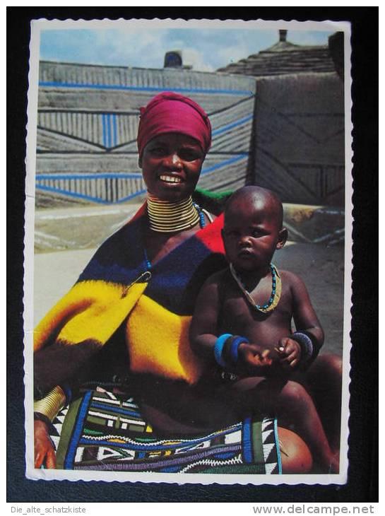 NDEBELE :: MUTHER AND CHILD  ::   AK ~ 1976 * * *  BXB216 - Südafrika