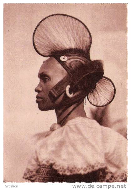 TYPE DE FEMME PEUHLE M 73 DALABA GUINEE FRANCAISE (BELLE COIFFE) - Guinée Française
