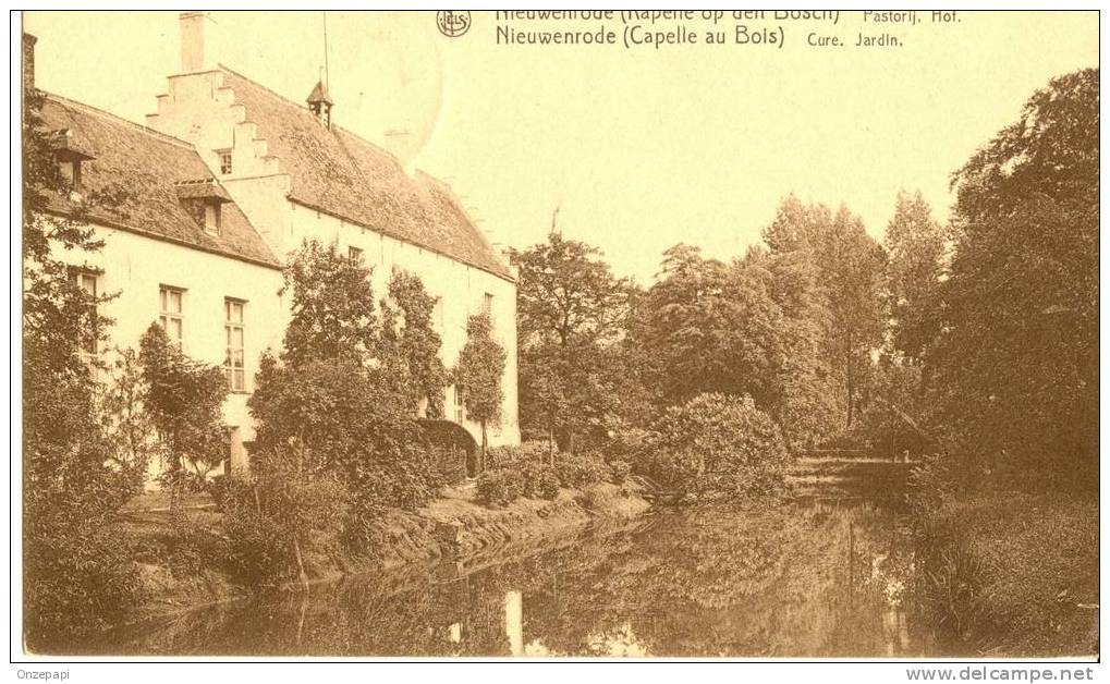 NIEUWENRODE (Kapelle Op Den Bosch)- Pastorij-Hof - Kapelle-op-den-Bos