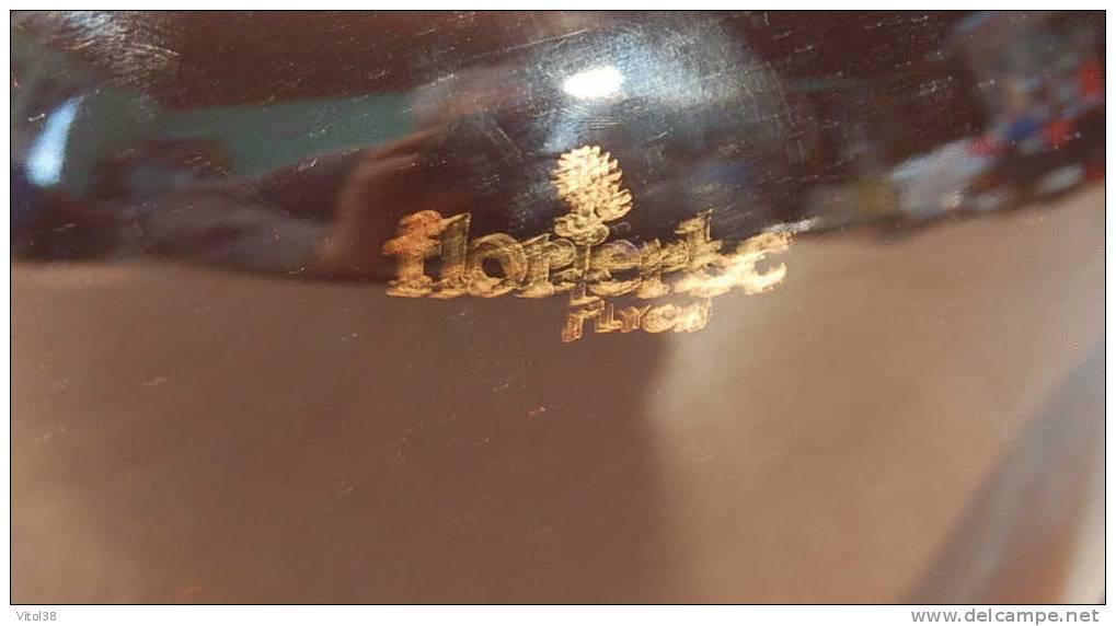 THEIERE FLOR ERBA LYON ( EN FAIENCE GRAND MODELE HAUTEUR 116 MM ) - Théières