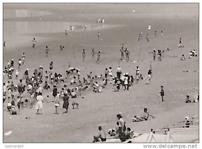 VENDEE / SAINT-GILLES-sur-VIE / LA PLAGE  ( Partie De BEACH-VOLLEY = VOLLEYBALL ) - Volleyball
