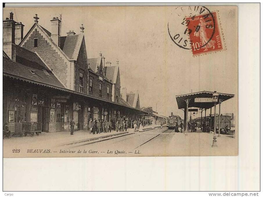 BEAUVAIS. - Intérieur De La Gare. - Les Quais. - Beauvais