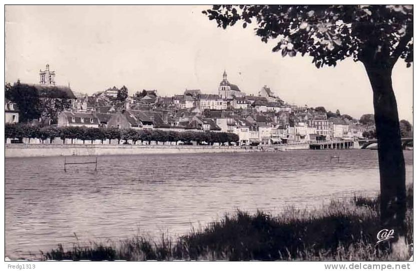 Joigny - Quai Du Gal Leclerc - Joigny