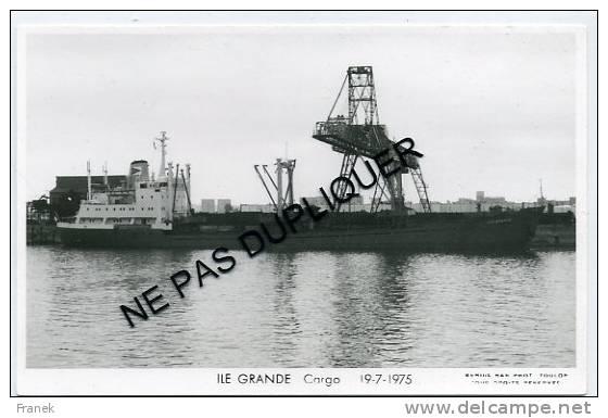 """6517 - Cargo (Minéralier)  """"ILE GRANDE"""" (1975) - Société De Gestion Et D´Affrètements - Commerce"""