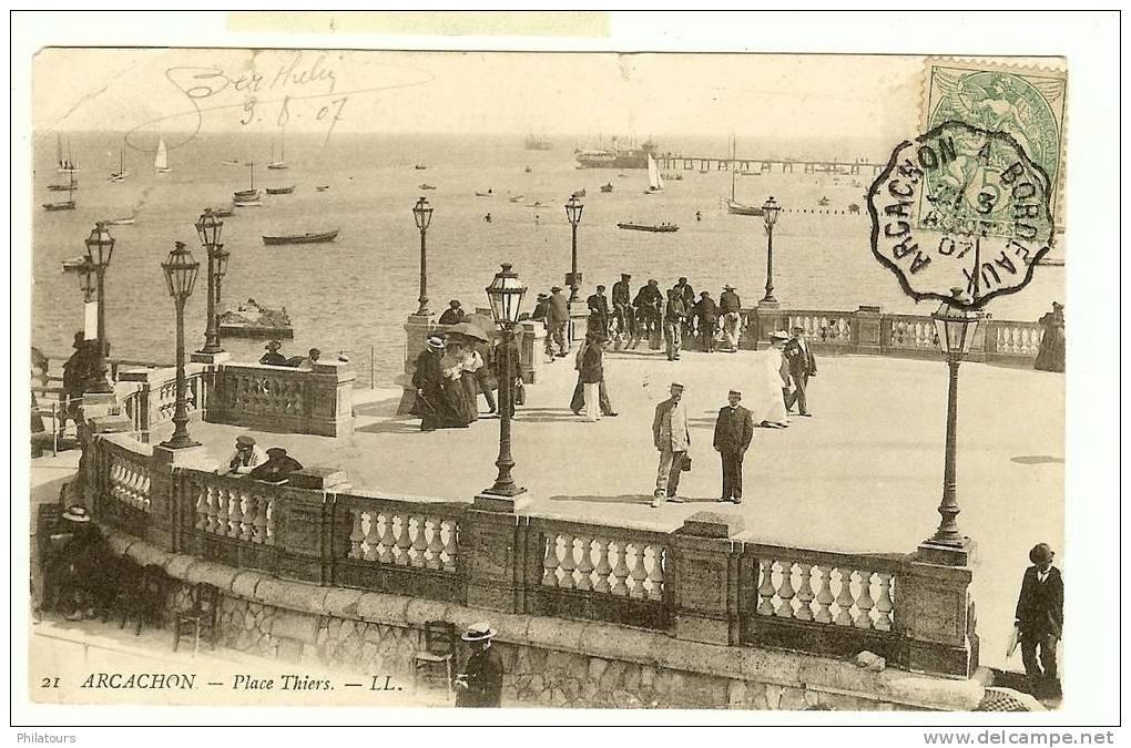 La Place Thiers - Andernos-les-Bains