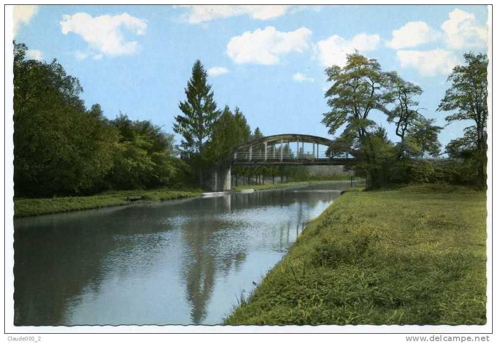 BEAUMONT-SUR-VINGEANNE .  Le Pont Sur Le Canal                     A68 - France