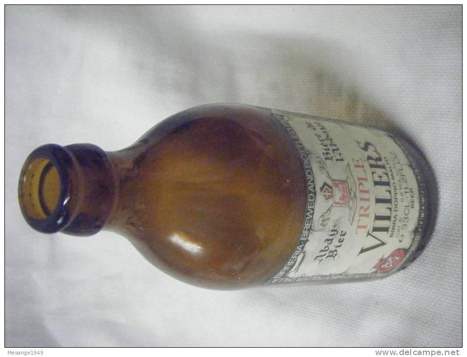 Bouteille De Biere  Vide 33 Cl Triple Villers -biere De L´abbaye- Belge -  7800- - Cerveza