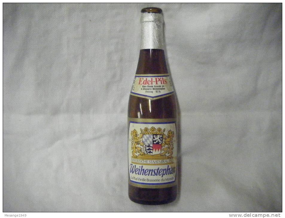 Bouteille De Biere  Vide 33 Cl Weihenstephan Edel-pils  -    8-7807- - Cerveza