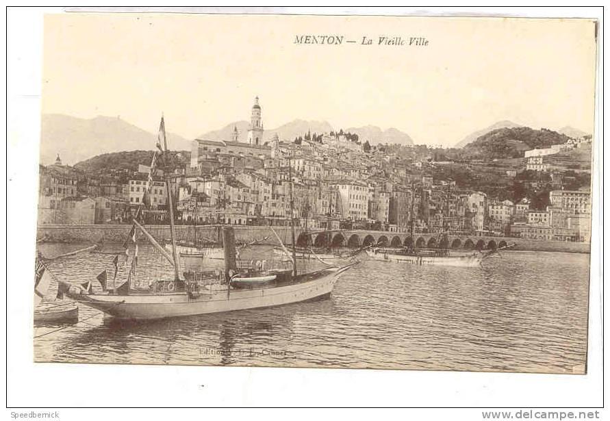 13200 Menton La Vieille Ville . éd V.D. E. Ou F. Cannes . Yatch - Menton