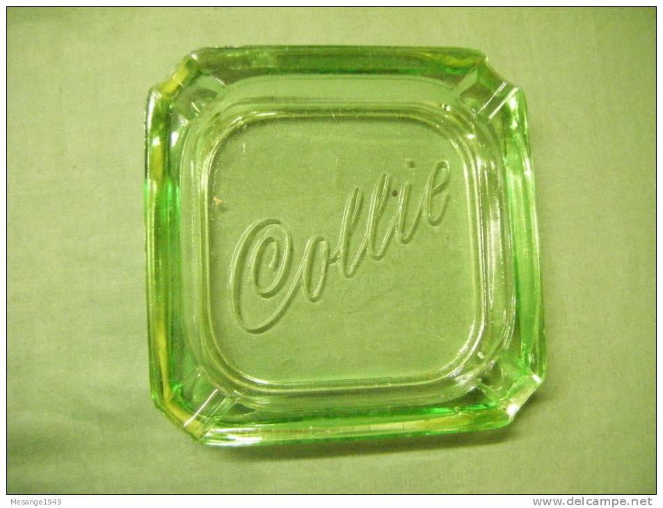 Cendrier Verre -- Collie---coloris Vert-.. - Métal