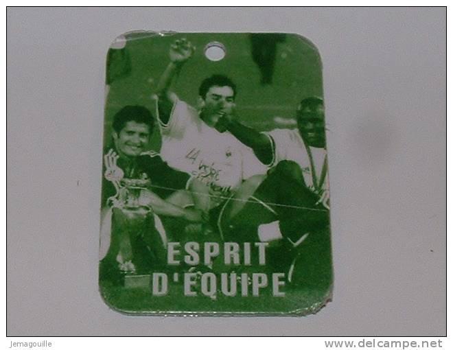 "Medaille Equipe De France De Foot ""Courage"" Offert Par : NUTELLA - Nutella"