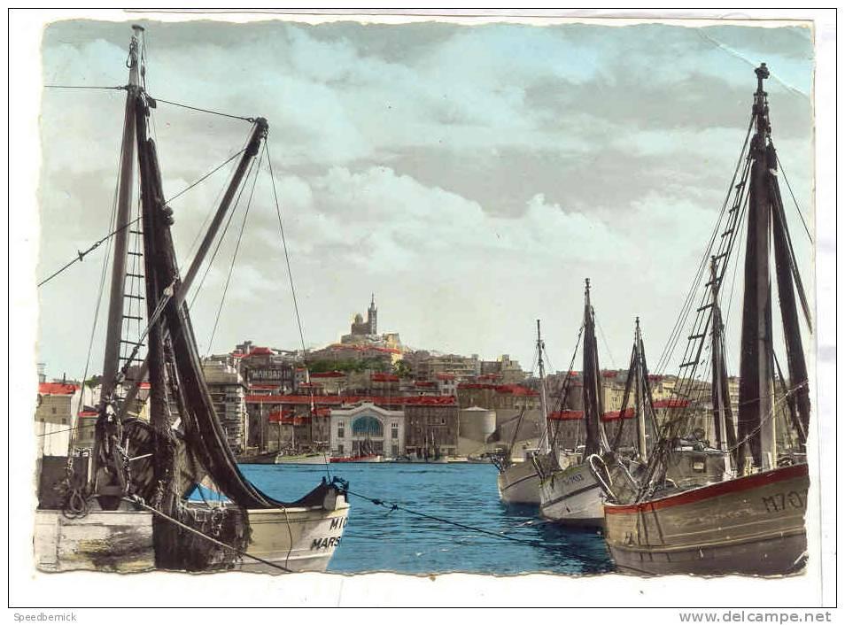 14164 Marseille , Vieux Port , Chalutiers Repos , Criée. Ed De France 1130. Bateau Pecheur MA 7133, MIC.. , M70.. - Vieux Port, Saint Victor, Le Panier