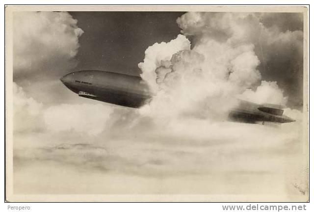 "AK  ZEPPELINE  D L Z 127 ""GRAF ZEPPELLIN""  FOTO - 1933  OLD POSTCARD - Dirigibili"
