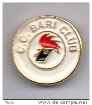 Pq1 C.C. Bari Club Pins Calcio Puglia Soccer Football - Calcio