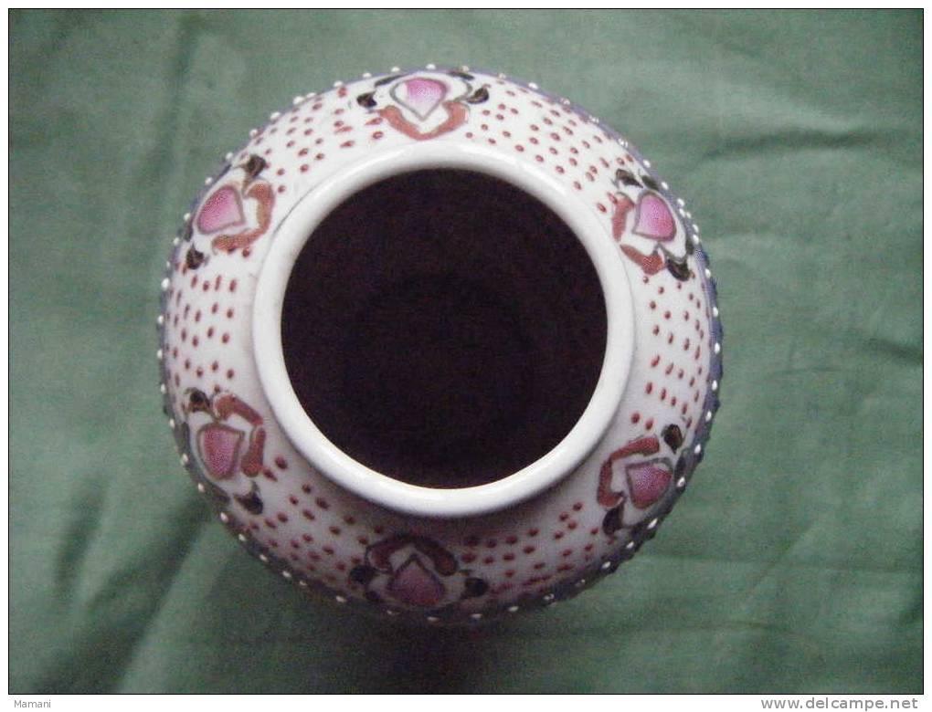 Vase  Decor Asiatique Hauteur 10 Cm Environ -ouverture 4 Cm---. - Art Asiatique