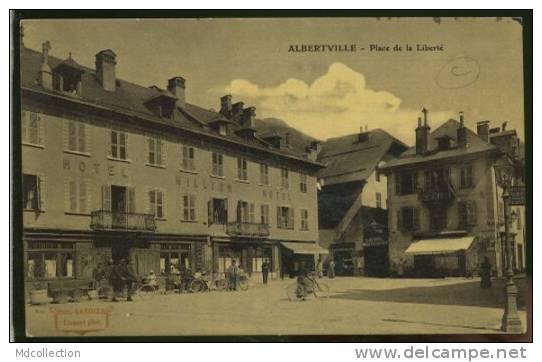 73 ALBERTVILLE   Place De La Liberté (glacée) - Albertville