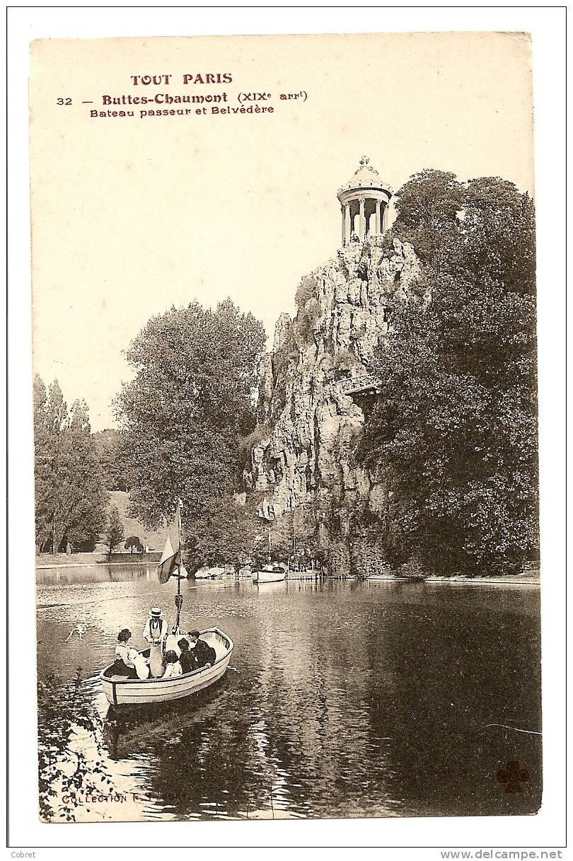 PARIS - Les Buttes Chaumont, Bateau Passeur Et Belvédère - Arrondissement: 19