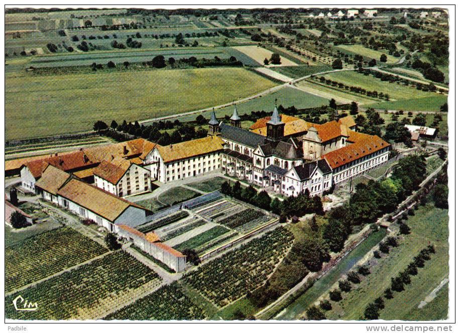 Carte Postale 68. Reningue  Et L'Abbaye  D'Oelenberg  Vue D'avion Trés Beau Plan - Non Classés