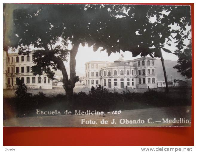 Medellin Escuela De Medicina 129 Foto Obando - Colombie