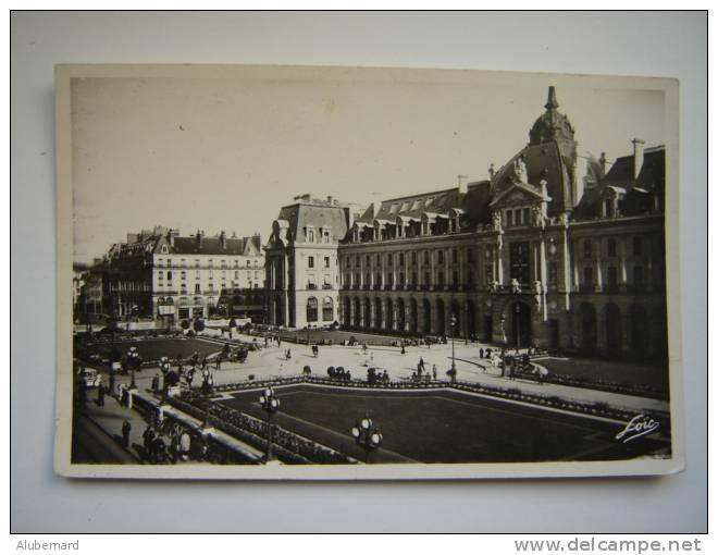 Rennes , Palais Du Commerce . C.p.photo 14x9 - Rennes