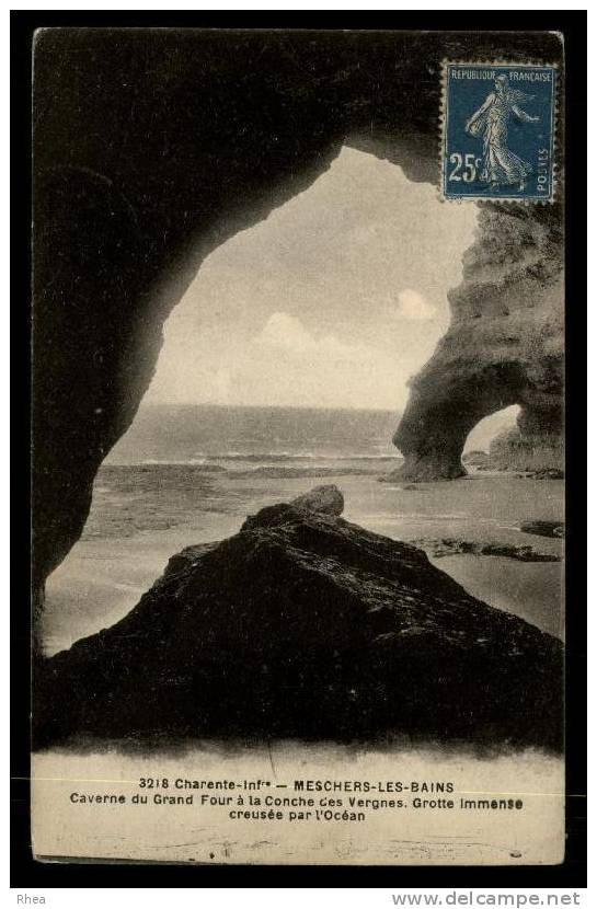 17 Meschers-sur-Gironde Grotte D17D K17131K C17230C RH081908 - Meschers