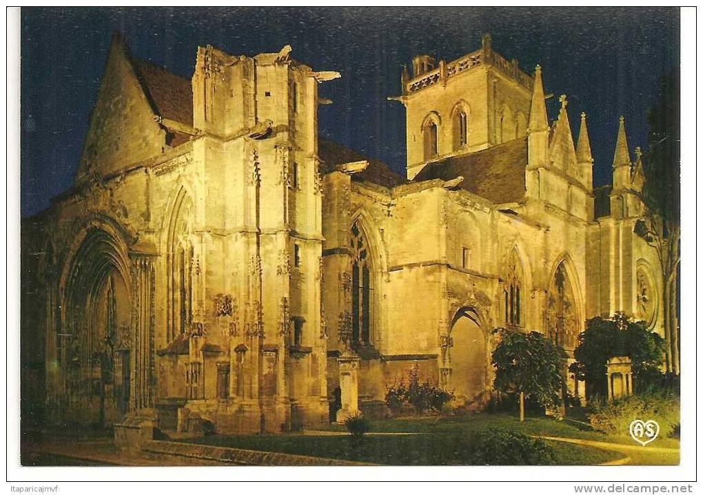 Calvados  :   DIVES  SUR MER    L 'église - Dives