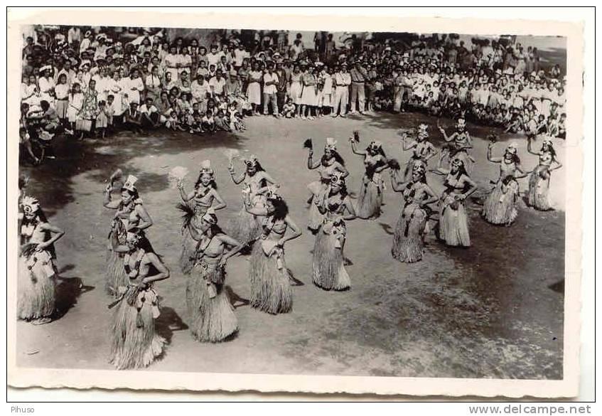POLY-1   PAPEETE : Danseuses - French Polynesia