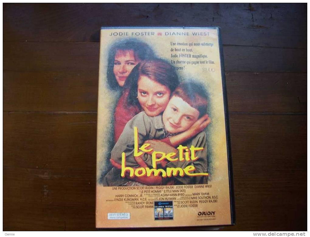 LE PETIT HOMME  AVEC JODIE FOSTER - Romantique