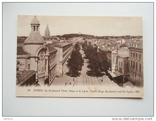 30- Nimes - Le Boulevard Victor Hugo Et Le Lycée  -CPA  VF D63984 - Nîmes