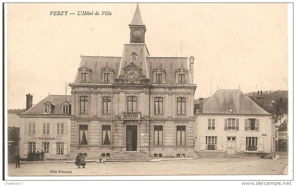 51 - VERZY  -  L´Hôtel De Ville  - Animée  - Débit De Tabac - Verzy