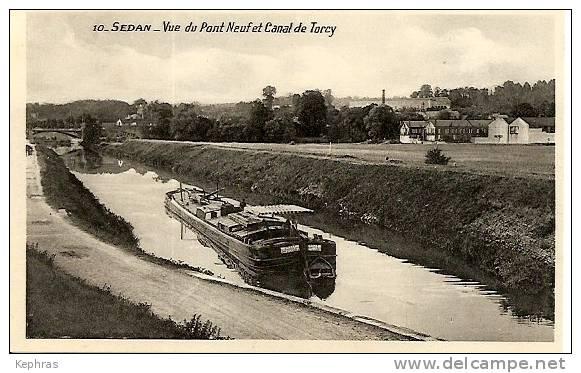 10. SEDAN : Vue Du Pont Neuf Et Canal De Torcy - RARE CPSM - Edition Antoine, Tabacs, 2,Place De Totcy - Sedan-Torcy - Sedan