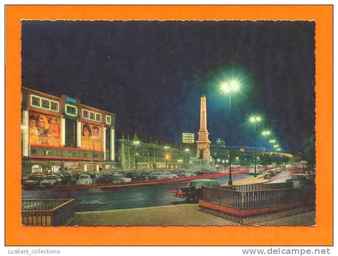 Carte Postale PORTUGAL LISBOA LISBON LISBONNE BY NIGHT CINEMA AUTOMOBILE MERCEDES CARS CAR BUS  AUTOMOBILES TAXI 1960s - Taxi & Carrozzelle